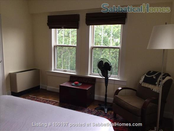2BR Cathedral Heights furnished condo with indoor parking / tree top views / easy bus ride to downtown, Georgetown, AU Home Rental in Washington, District of Columbia, United States 4