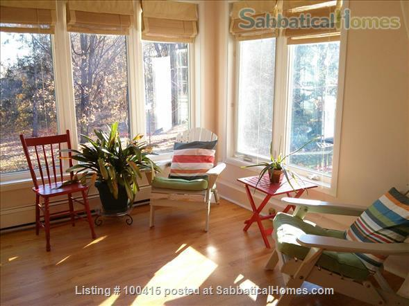 Guesthouse in Historic Home Home Rental in Gatineau, Quebec, Canada 2