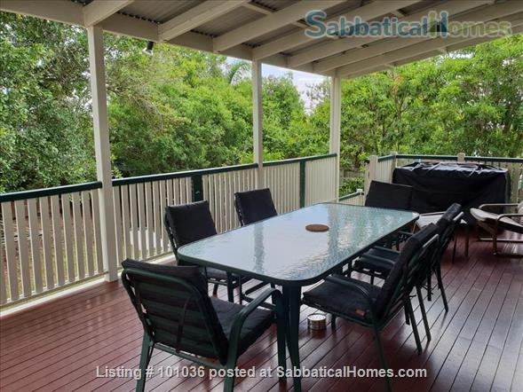 Brisbane - Beautiful fully furnished Traditional Queenslander home in quiet location, 4.5 kms from Centre of Brisbane City, short walk to Coorparoo junction buses, easy access to UQ, QUT, Mater and PA Home Rental in Coorparoo, QLD, Australia 3