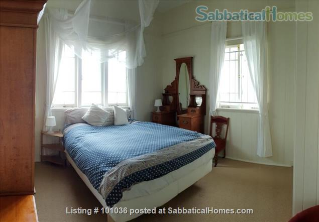 Brisbane - Beautiful fully furnished Traditional Queenslander home in quiet location, 4.5 kms from Centre of Brisbane City, short walk to Coorparoo junction buses, easy access to UQ, QUT, Mater and PA Home Rental in Coorparoo, QLD, Australia 4