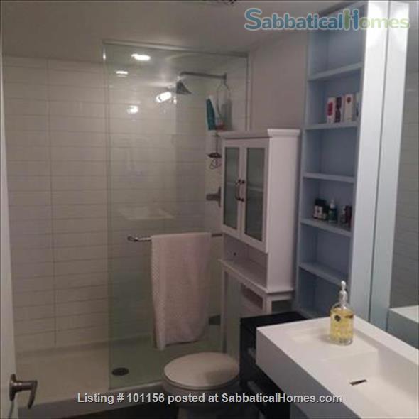 Downtown Lakeshore condo Home Rental in Toronto, Ontario, Canada 9