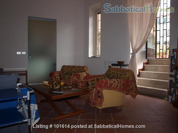 flat in Trastevere with terrace Home Rental in Rome, Lazio, Italy 0