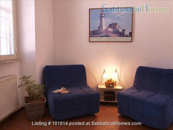 flat in Trastevere with terrace Home Rental in Rome, Lazio, Italy 2