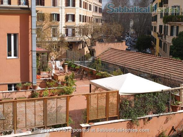 flat in Trastevere with terrace Home Rental in Rome, Lazio, Italy 3