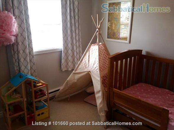 Furnished family friendly 2 bed plus office/baby room  - Children's/VGH and Douglas Park Home Rental in Vancouver, British Columbia, Canada 2