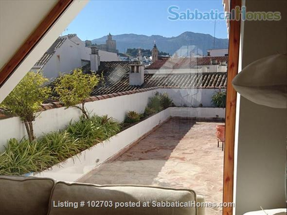 Peaceful and luminous 4-bedroom duplex in Andalusia. Home Rental in Antequera 2