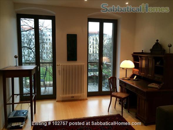 Delightful Flat with View of Arkonaplatz park in Mitte, Berlin Home Rental in Berlin, Berlin, Germany 5