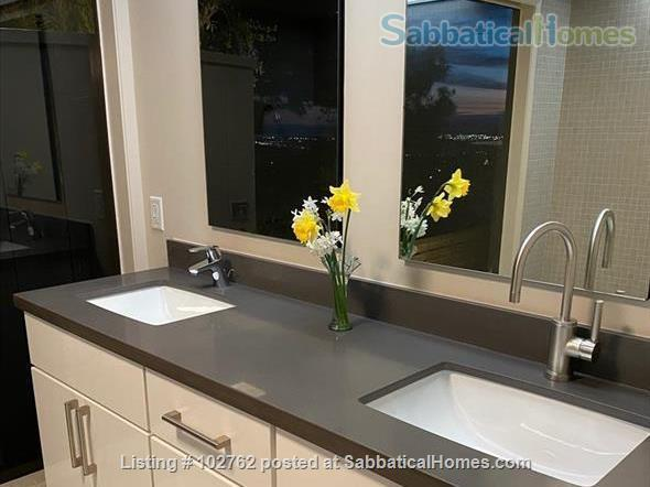 Master suite in  Berkeley Hills Home: Separate Private Entrance Home Rental in Berkeley, California, United States 4