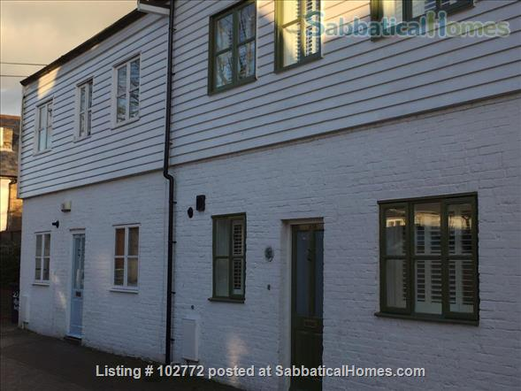 Charming, atmospheric cottage Home Rental in Whitstable, England, United Kingdom 1