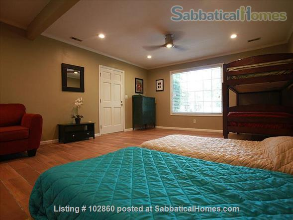 Charming West Raleigh Home near NC State University, Lake Johnson & Downtown Raleigh  Home Rental in Raleigh, North Carolina, United States 9