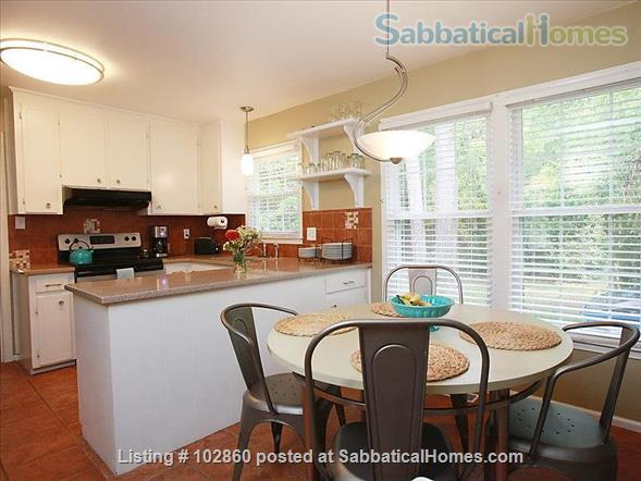 Charming West Raleigh Home near NC State University, Lake Johnson & Downtown Raleigh  Home Rental in Raleigh, North Carolina, United States 2