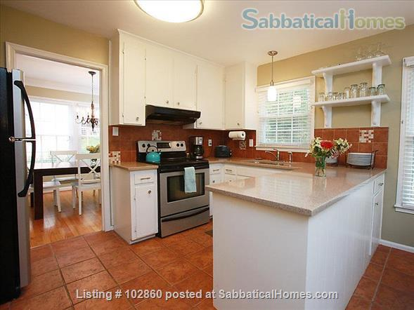 Charming West Raleigh Home near NC State University, Lake Johnson & Downtown Raleigh  Home Rental in Raleigh, North Carolina, United States 4