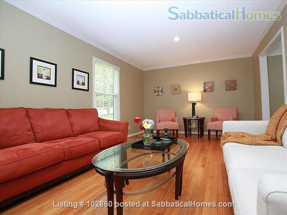 Charming West Raleigh Home near NC State University, Lake Johnson & Downtown Raleigh  Home Rental in Raleigh, North Carolina, United States 6