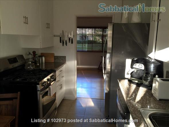 Peaceful 2 bed condo in beautiful area near Culver City. Home Rental in Los Angeles, California, United States 4