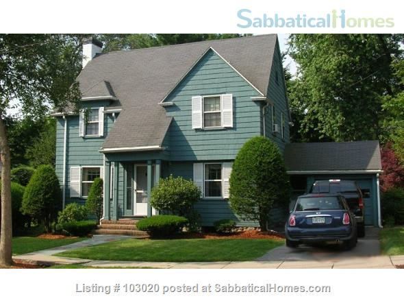 Belmont Colonial Home Rental in Belmont, Massachusetts, United States 1