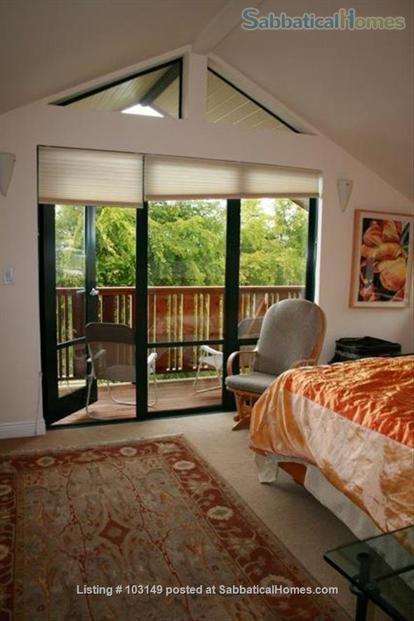 North Berkeley Town Home: 3 story, 3 bedrooms, 3 baths with GG view Home Rental in Berkeley, California, United States 2