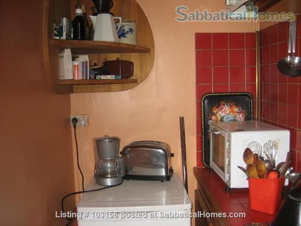 Two-room  Apartment in Paris 11° for Four Months Home Rental in Paris, Île-de-France, France 4