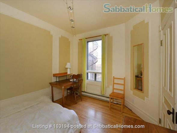 Furnished 3-bedroom Montreal townhouse in Outremont - Mile End Home Rental in Montréal, Québec, Canada 2
