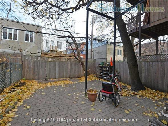 Furnished 3-bedroom Montreal townhouse in Outremont - Mile End Home Rental in Montréal, Québec, Canada 4