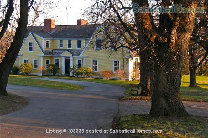 Country Homestead overlooking Hutchins Farm Home Rental in Concord, Massachusetts, United States 1
