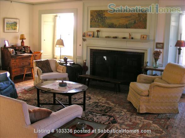 Country Homestead overlooking Hutchins Farm Home Rental in Concord, Massachusetts, United States 2