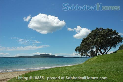 University Hospital near Devonport Tranquil near Narrow Neck beach Home Rental in Auckland 1 - thumbnail