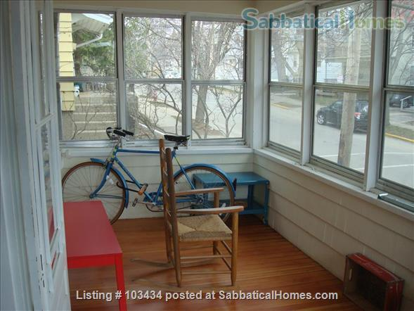 4 BR Charming Atwood Bungalow Home Rental in Madison, Wisconsin, United States 8
