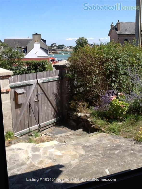 Brittany small holiday house by the sea Home Rental in Brignogan-Plage, Bretagne, France 1