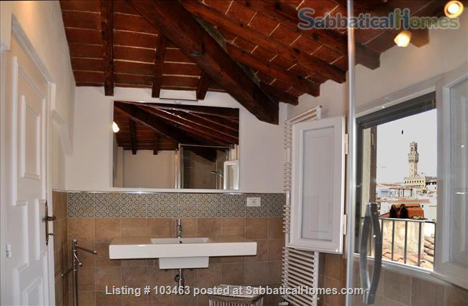 Fast WiFi, remote work (apt.3S) Deluxe 3br, 1500sqft apt  in Central Ancient Bldg w/Elevator Home Rental in Firenze, Toscana, Italy 5