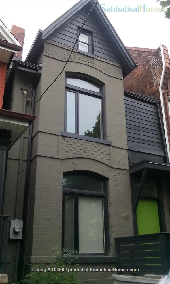 Bright, comfortable 2-Bed in Victorian in Parkdale/Roncesvalles Home Rental in Toronto, Ontario, Canada 1