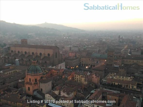 BOLOGNA Italy AC Elevator Renovated charming apartment in a great location Home Exchange in Bologna, Emilia-Romagna, Italy 8