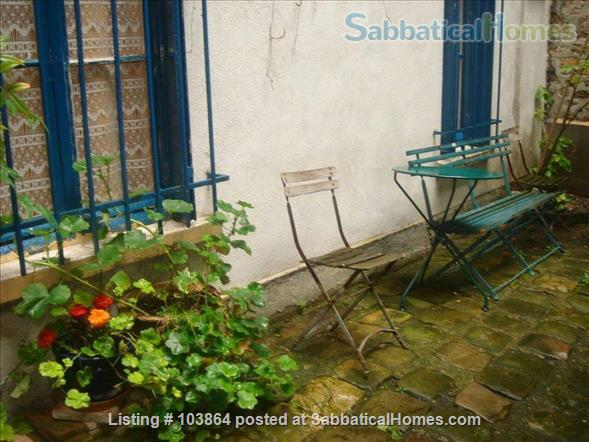 Beautiful studio in Paris' 5th district (Latin quarter), special prices for the next two weeks Home Rental in Paris 8