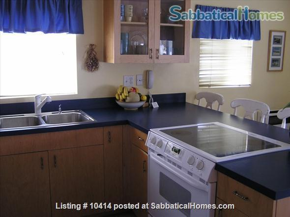 Oceanview Cottage - Steps to the Beach - San Diego Home Rental in San Diego, California, United States 6
