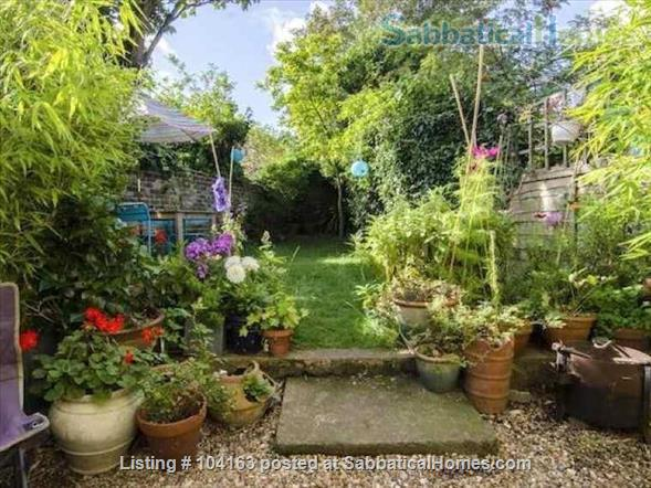 Charming 3 bedroom, 2 reception Victorian terraced house with garden, includes all taxes, water, broadband and weekly cleaning. Home Rental in Greater London, England, United Kingdom 8