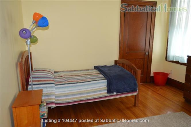 Spacious Two Bedroom, 6-room  Apartment, Steps to Davis Sq and T Home Rental in Cambridge, Massachusetts, United States 0