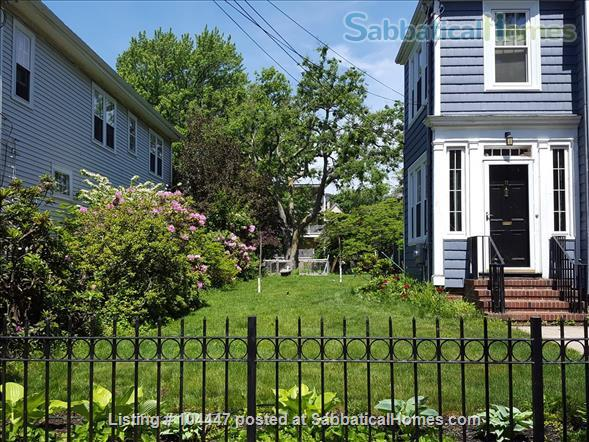 Spacious Two Bedroom, 6-room  Apartment, Steps to Davis Sq and T Home Rental in Cambridge, Massachusetts, United States 2