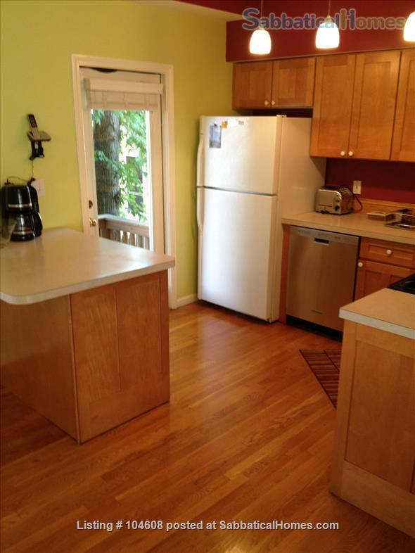 PERFECT TOWN HOUSE WALKING DISTANCE FROM HARVARD AND MIT Home Rental in Somerville, Massachusetts, United States 5