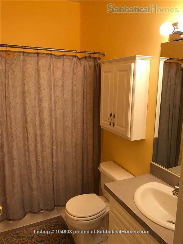 PERFECT TOWN HOUSE WALKING DISTANCE FROM HARVARD AND MIT Home Rental in Somerville, Massachusetts, United States 6