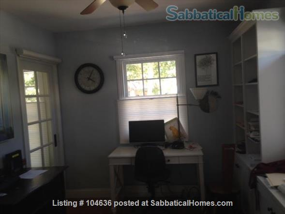 Light-filled and tranquil two-bedroom, two-bath home 3 miles from Stanford University, Palo Alto, CA Home Rental in Palo Alto, California, United States 2