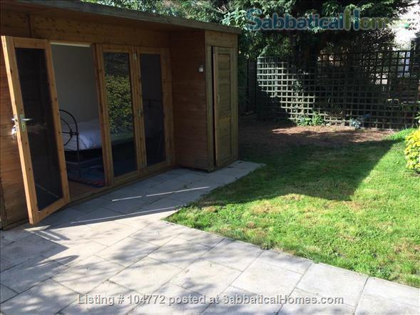 Lovely garden apartment in Georgian house Home Rental in Greater London, England, United Kingdom 5
