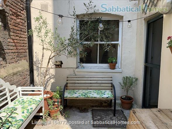 Lovely garden apartment in Georgian house Home Rental in Greater London, England, United Kingdom 6