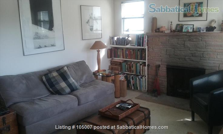 Beautiful small house in Berkeley annex, separate work studio, private  garden 10 minutes from U.C. campus Home Rental in Albany, California, United States 2