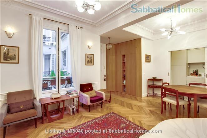 2 bdrm. renovated, 6E, 4 people, first floor, very quiet. Home Rental in Paris, Île-de-France, France 0