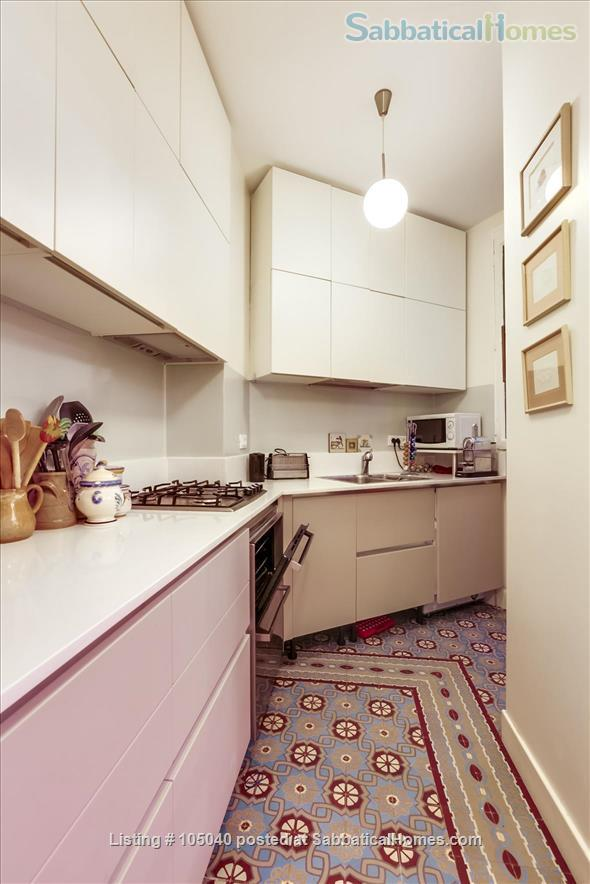 2 bdrm. renovated, 6E, 4 people, first floor, very quiet. Home Rental in Paris, Île-de-France, France 2