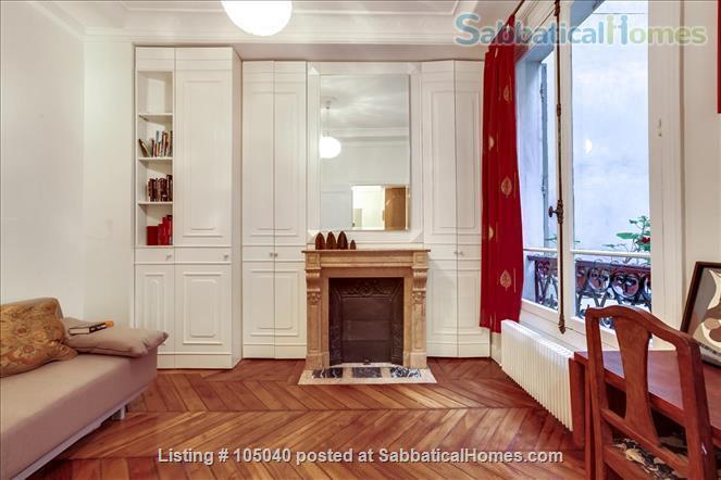 2 bdrm. renovated, 6E, 4 people, first floor, very quiet. Home Rental in Paris, Île-de-France, France 4
