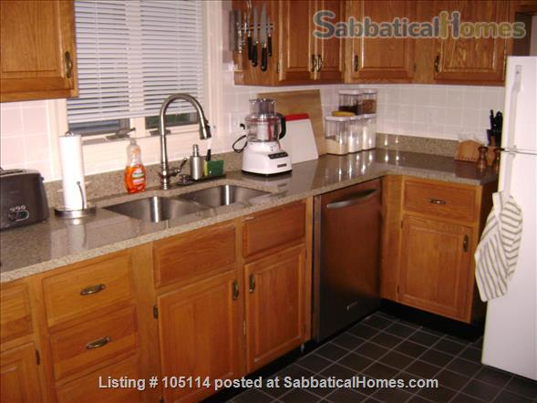 Fully furnished 1BR in Harvard Square with off-street parking space Home Rental in Cambridge, Massachusetts, United States 3