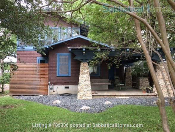 Beautiful 2 Bedroom 1920s Craftsman House Home Rental in Austin, Texas, United States 1