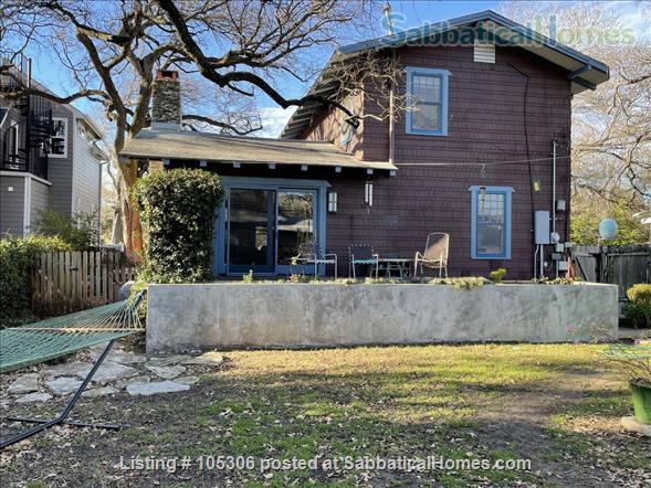 Beautiful 2 Bedroom 1920s Craftsman House Home Rental in Austin, Texas, United States 0