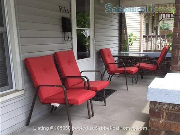 Clean & Comfy 1 or 2 BR apts close to Notre Dame Home Rental in South Bend, Indiana, United States 9