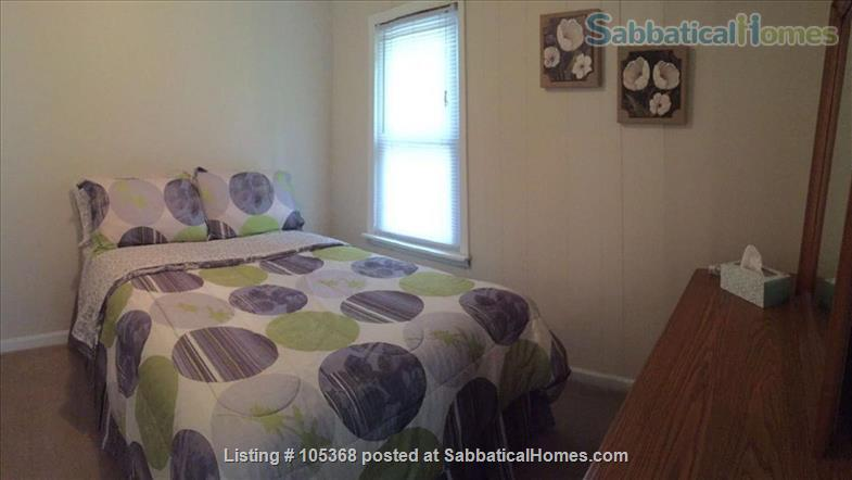 Clean & Comfy 1 or 2 BR apts close to Notre Dame Home Rental in South Bend, Indiana, United States 6